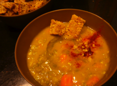 Post image for Split Pea Soup + Garlic Croutons