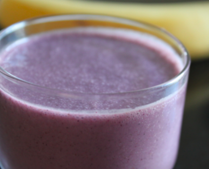 Post image for Blueberry Wake-Up Call Smoothie