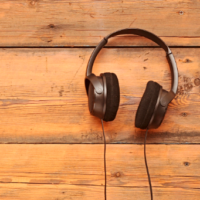 24 Podcasts That Will Improve Your Life