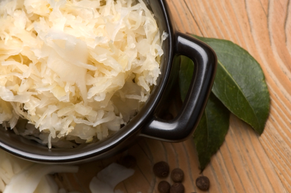 Post image for Benefits of Fermented Veggies (+ How To Make Saurkraut!)
